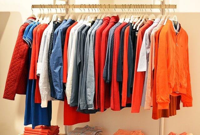 Dampfbügeleisen für hängende Kleidung