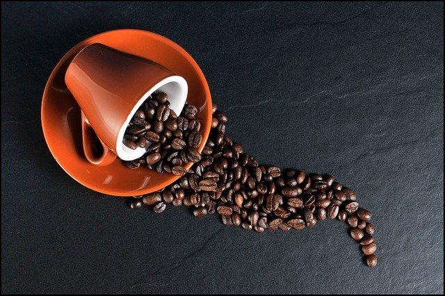 Kaffeevollautomat mit Mahlwerk